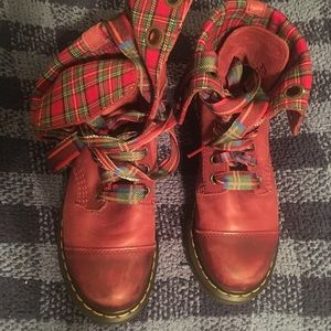 DR. MARTENS Aimilie Cherry Red